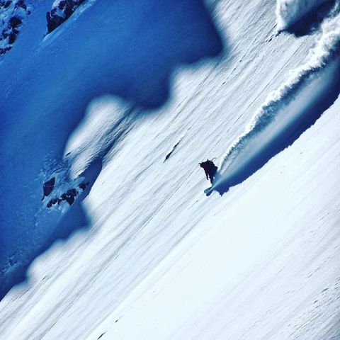 Pick your line, assess the danger, drop in.  Keep your wits about you, know your islands of safety.  Survive and thrive!  @rylandbell dances with the shadows in Switzerland last year. #AVALON7 #LiveActivated #snowboarding #HigherTogether www.avalon7.com