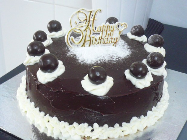 Birthday Cake Walpaper Image Collections With Candles
