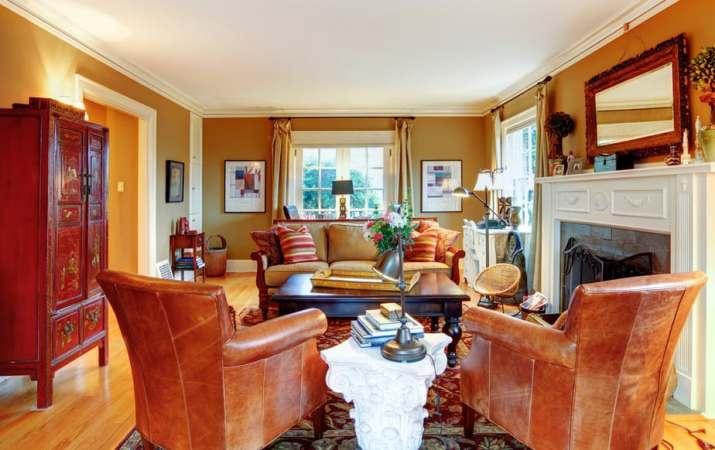 Intricate Living Room Arrangement