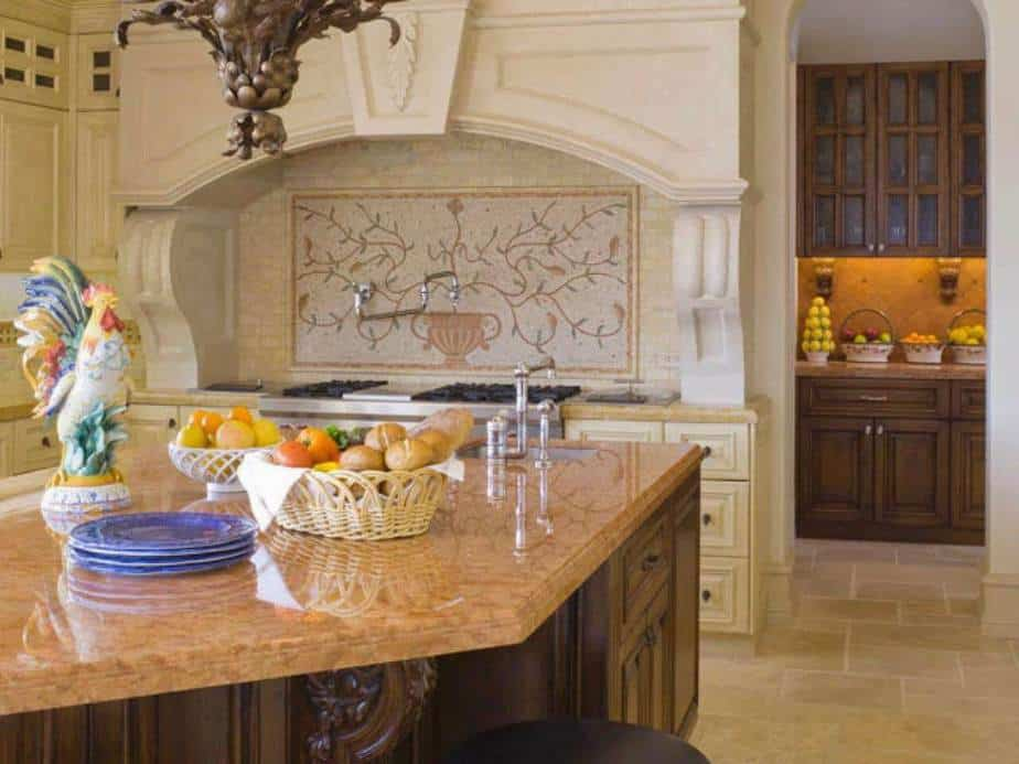 Graceful Country Kitchen Hood