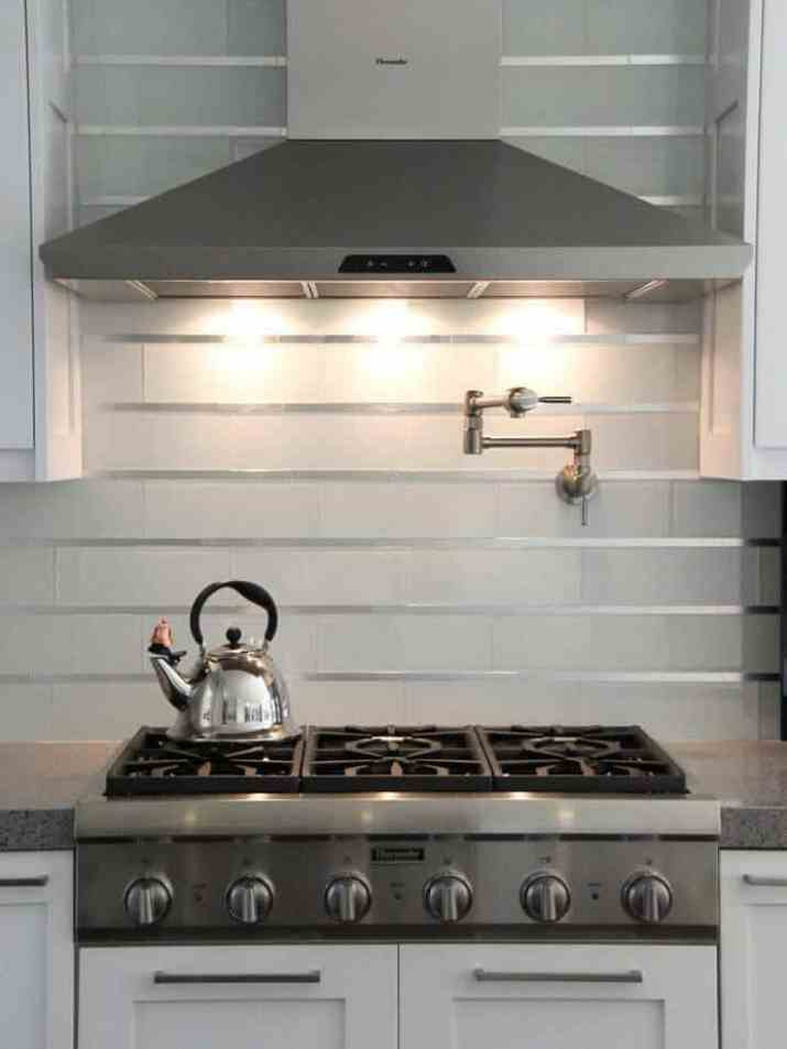Cool Galley Kitchen Backsplash