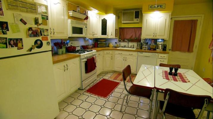 Homey Retro Kitchen