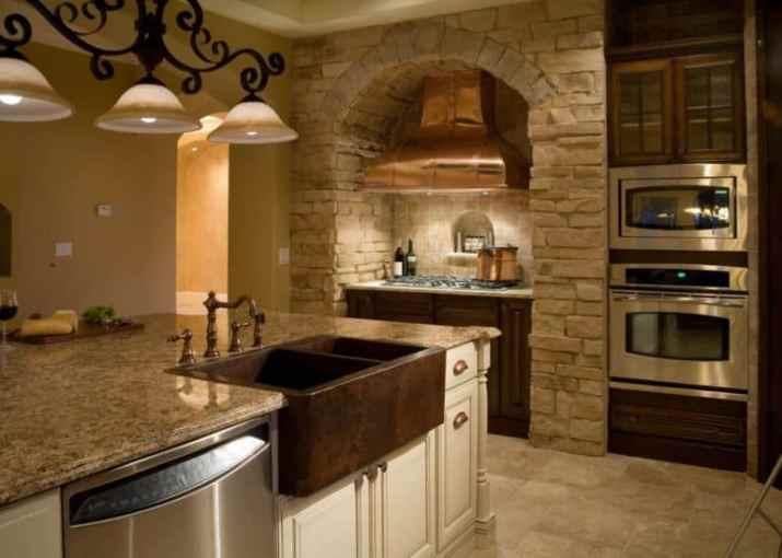 Modified Tuscan Kitchen