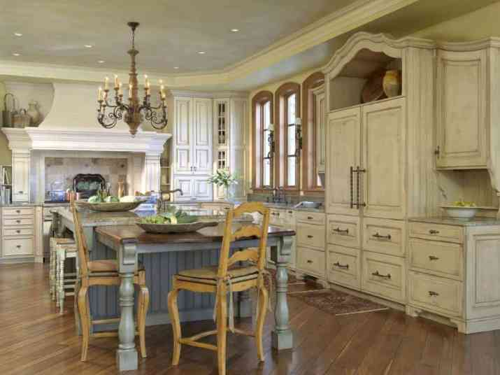 Shabby French Country Kitchen