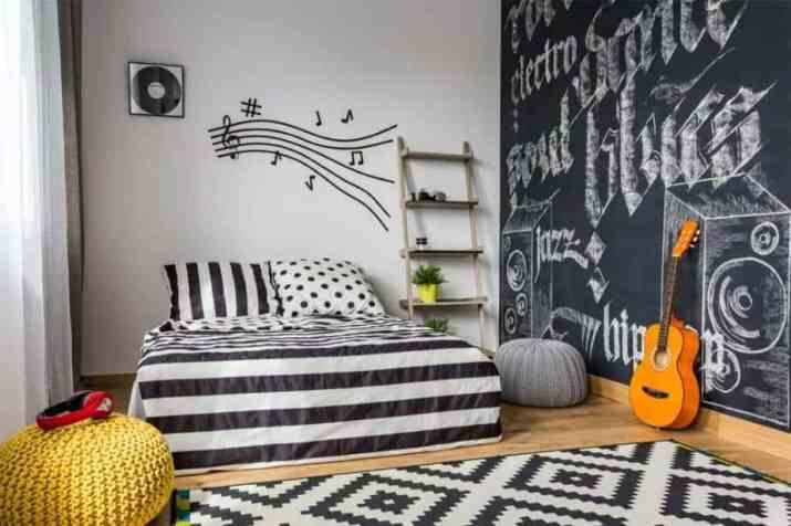 Handmade Bedroom Accent Wall