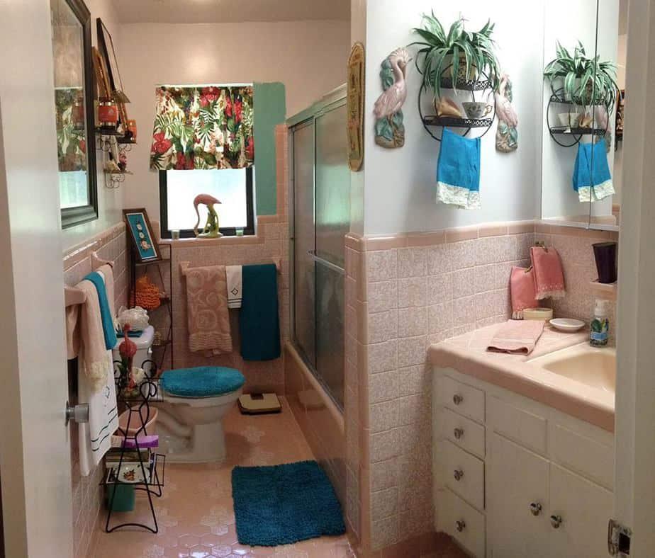 Soft Dorm Bathroom