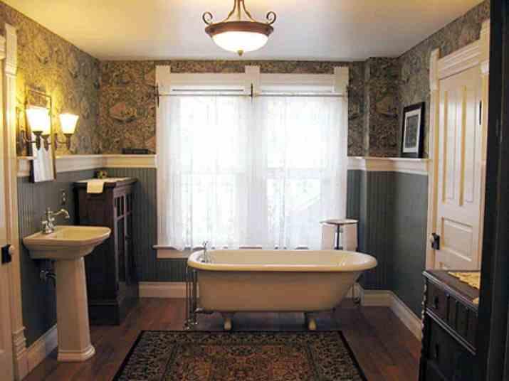 Dual Beadboard Bathroom