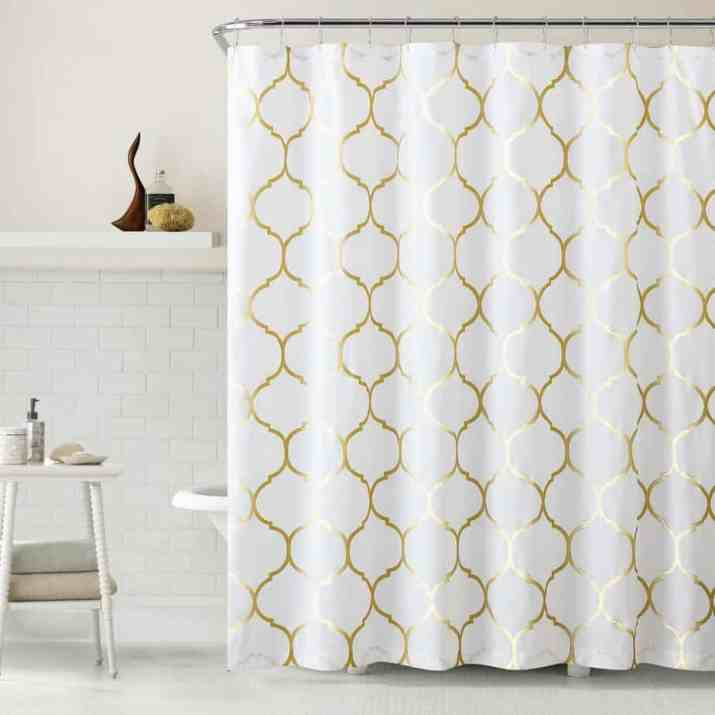 Shiny Curtain for White Bathroom