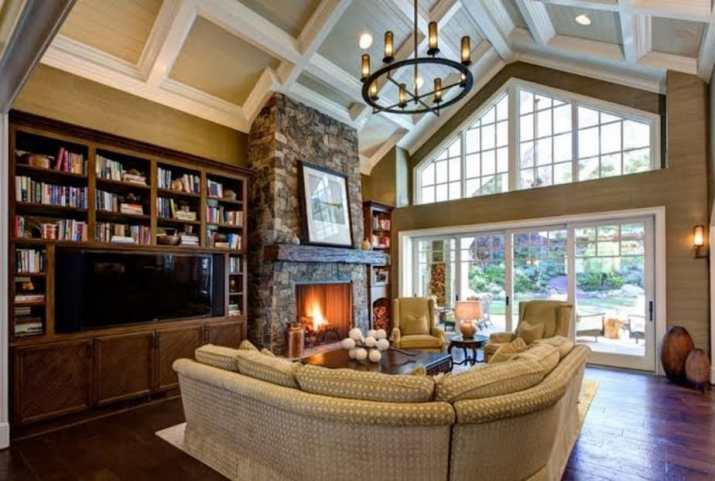 Coffered vaulted ceiling