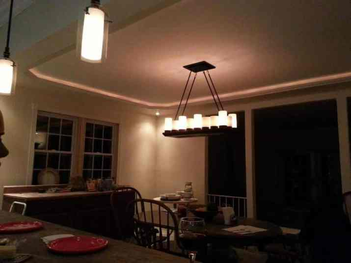Tray ceiling lighting rope