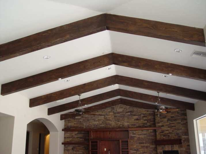 unique Vaulted Ceiling Ideas with Beams