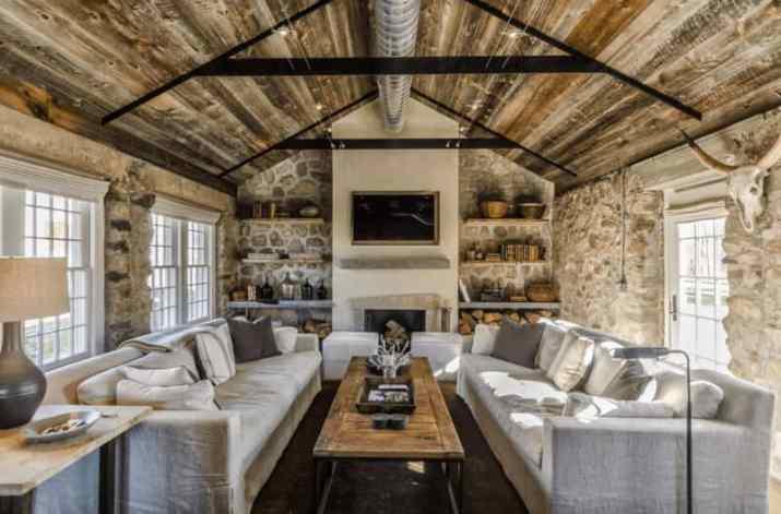 a good concept of Farmhouse Vaulted Ceiling Ideas