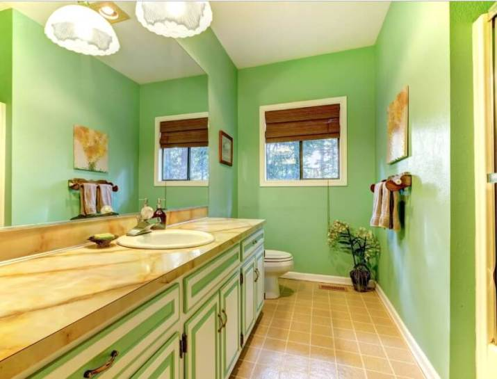 15 Bathroom Paint Color Ideas 2020 (Make Yours More Appealing) 8