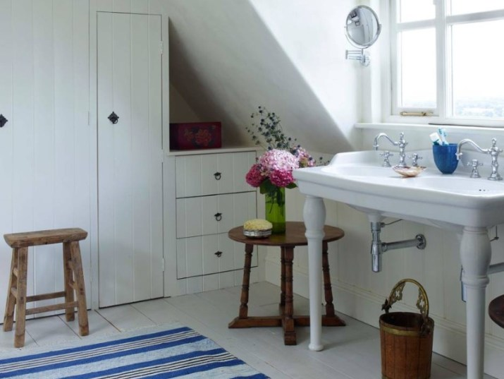 15 Country Bathroom Ideas 2020 (Scene-Stealing Design Inspirations) 1