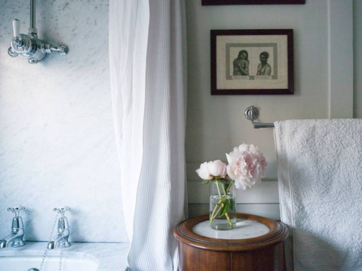 15 Country Bathroom Ideas 2020 (Scene-Stealing Design Inspirations) 7