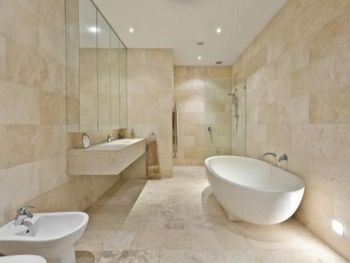 15 White Bathroom Ideas 2020 (Simple yet Elegant) 13