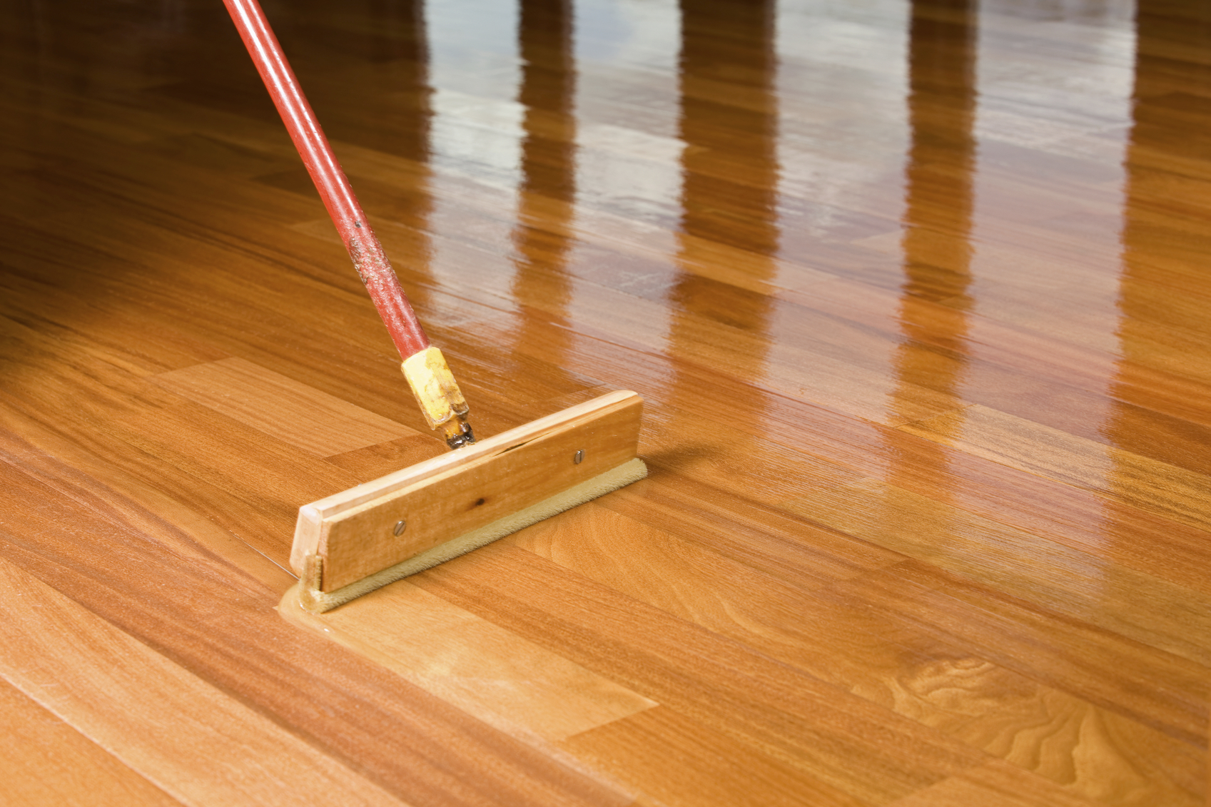 Unfinished vs. Prefinished Hardwood Flooring