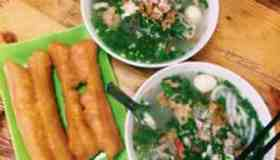 Banh Canh (soup with noodle)