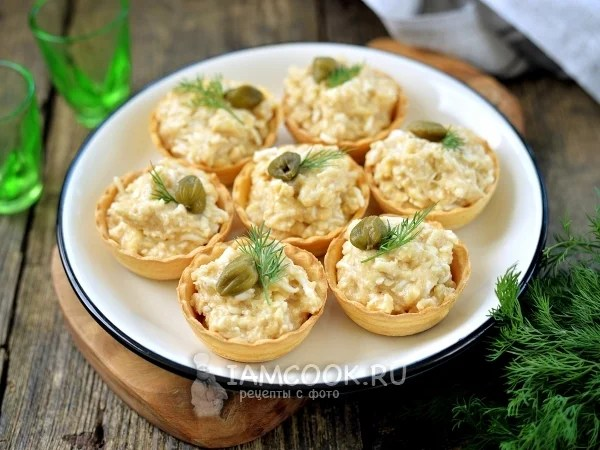 «Тарталетки с икрой мойвы и плавленым сыром — рецепт с ...
