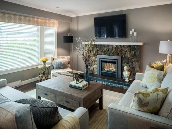 «Маленькая гостиная с камином. Фото. Дизайн интерьер ...