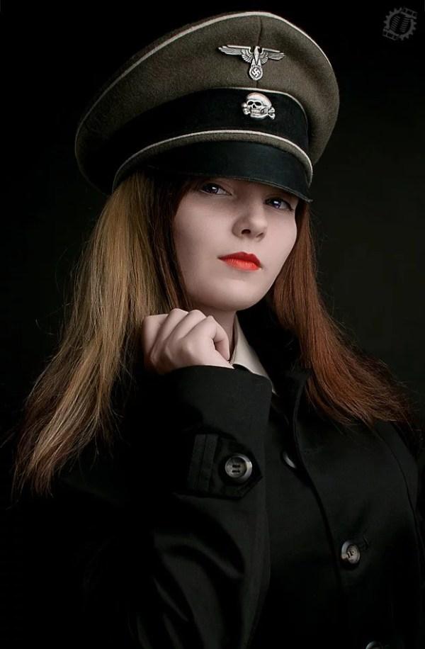 Девушки В Немецкой Форме Фото