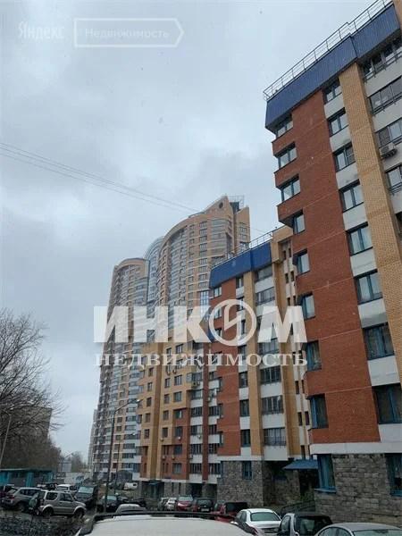 Продажа 3-комнатной квартиры 72 м² по адресу Москва, улица ...