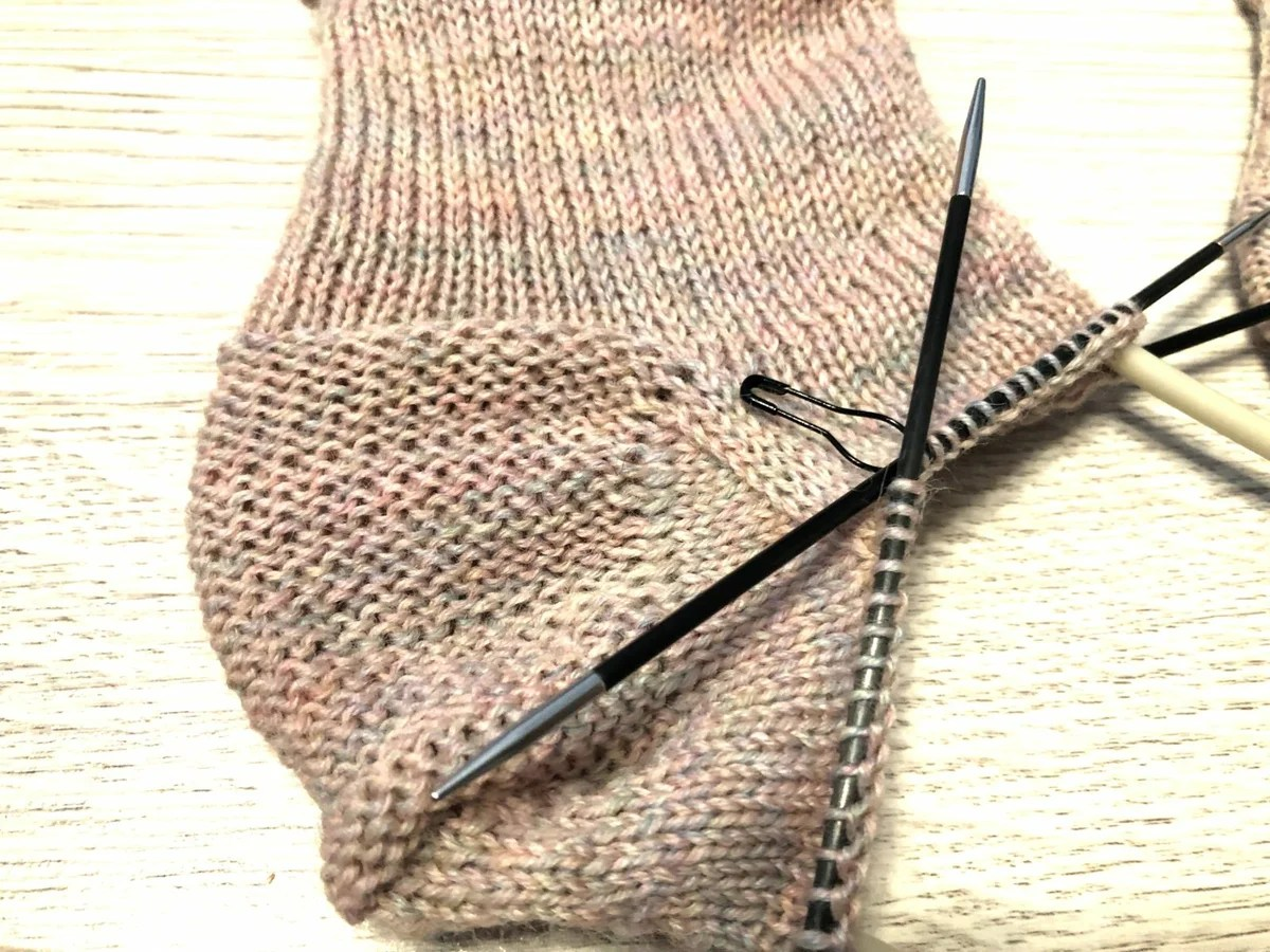 Golf knitting needles