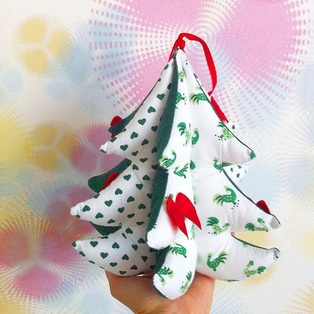 Christmas tree with your own hands. 16 ideas how to make a New Year's craft from girlfriend