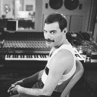 Freddie Mercury — слушать онлайн на Яндекс.Музыке