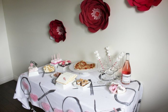 Cheers To Good Friends! A Valentine's Day Party Tutorial! 17