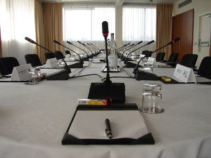 Boardroom discussion microphones
