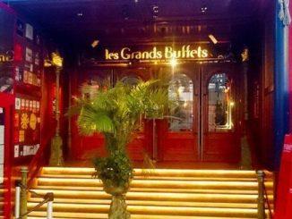 Entrada a Les Grands Buffets de Narbona.