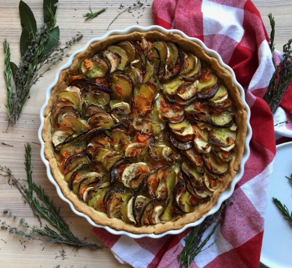 Root vegetable and white bean tart // Tarte aux légumes-racines et haricots blancs
