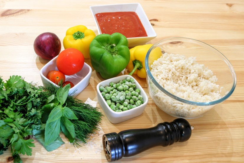 Stuffed Peppers with Tomatoes and Peas ingredients