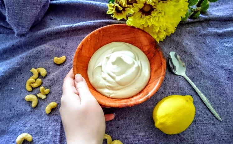cashew mayo on serving dish