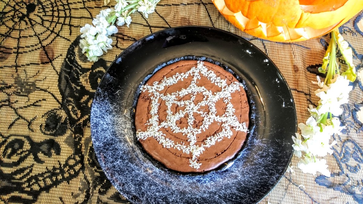 Halloween Chocolate Mousse and Biscoff Tart