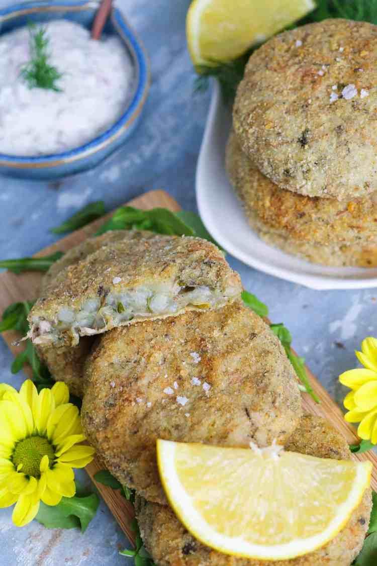 interno delle fish cakes vegan di banana blossom nel dettaglio