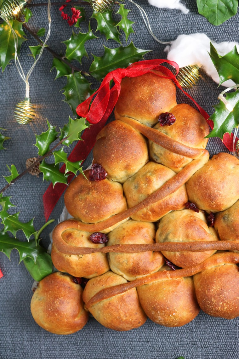 pull apart bread shaped as Christmas Tree served