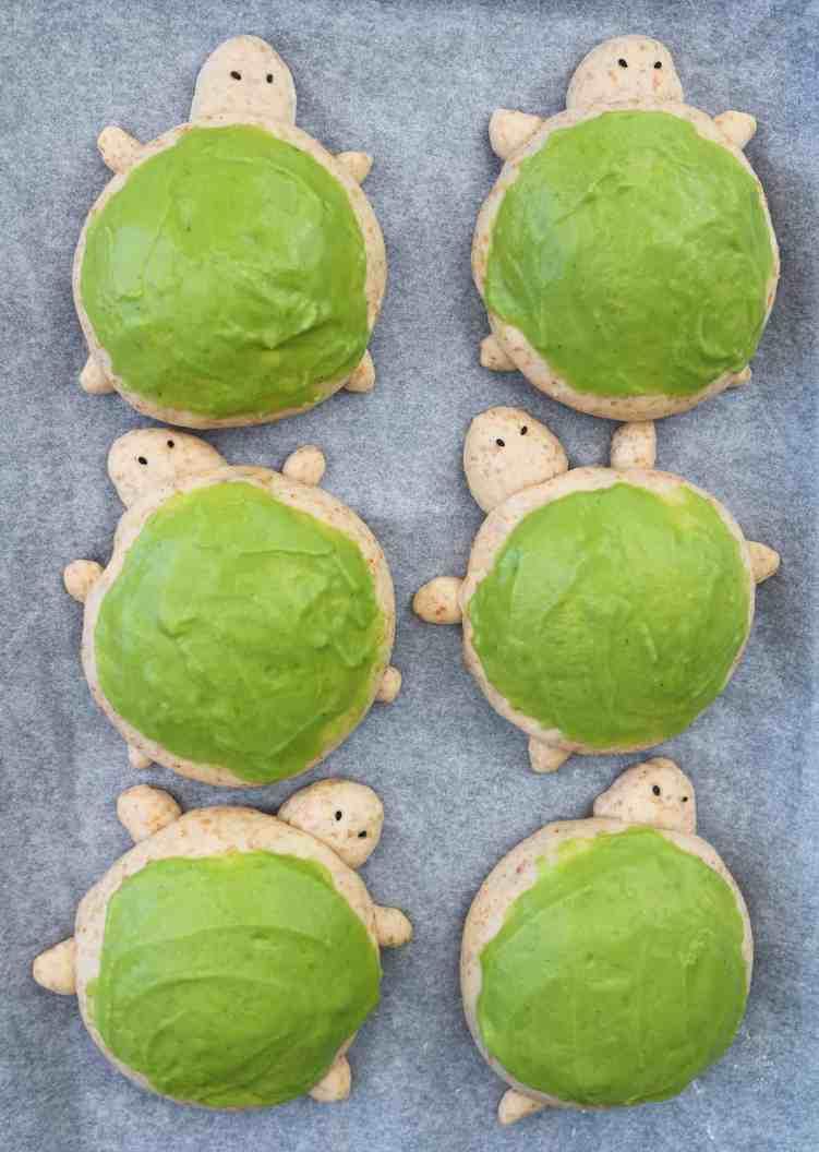 Turtle Brioche Bread Buns pre bake