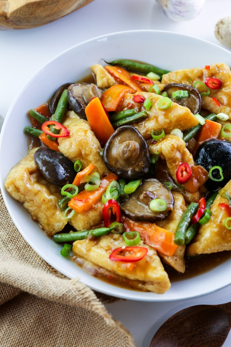 Tofu Puffs with Asian Vegan Mushroom Sauce