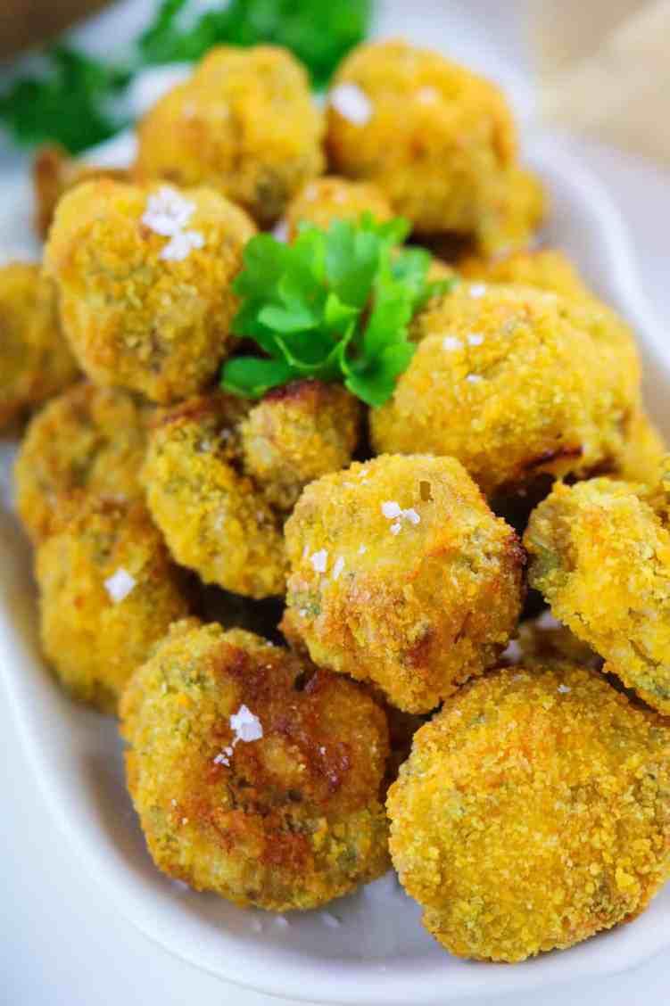 Vegan Garlic Mushrooms with Air Fryer front close