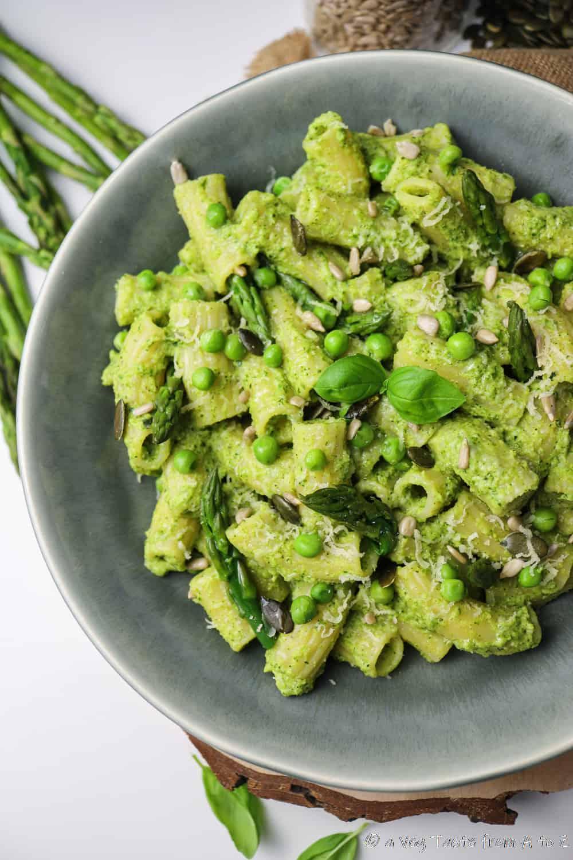 Rigatoni Pasta with Asparagus, Broccolini, Courgette and Pea Pesto close up