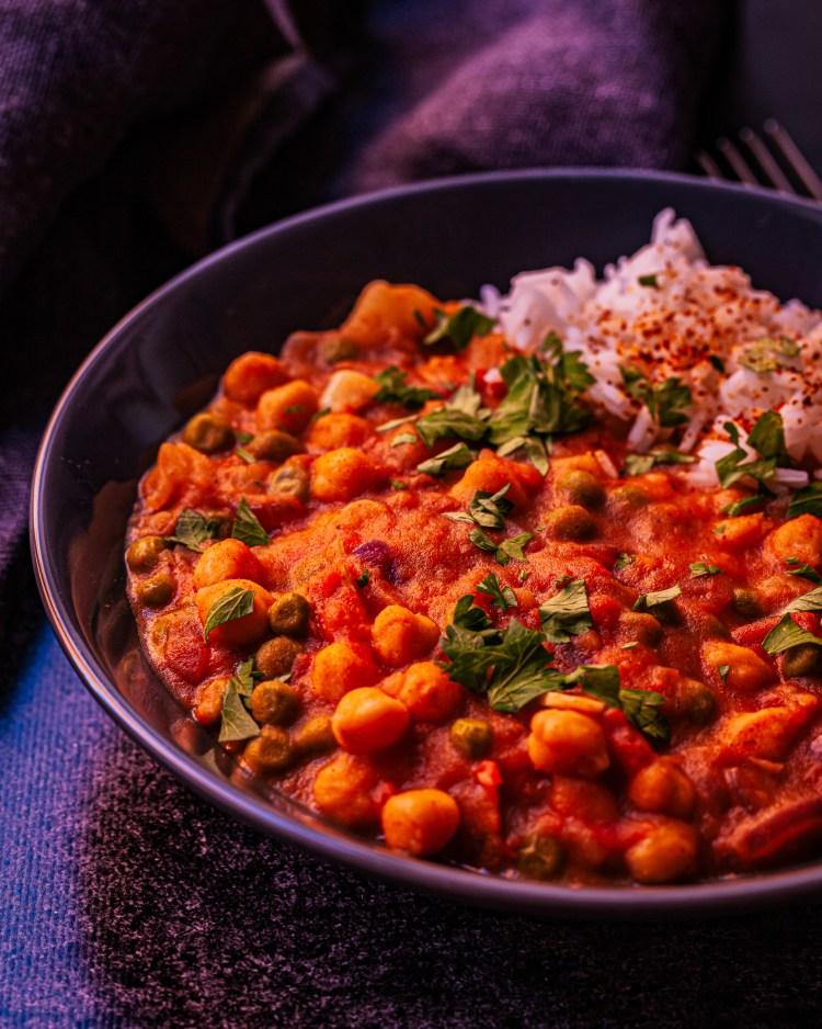Curry vegano de garbanzos y patata: curry fácil