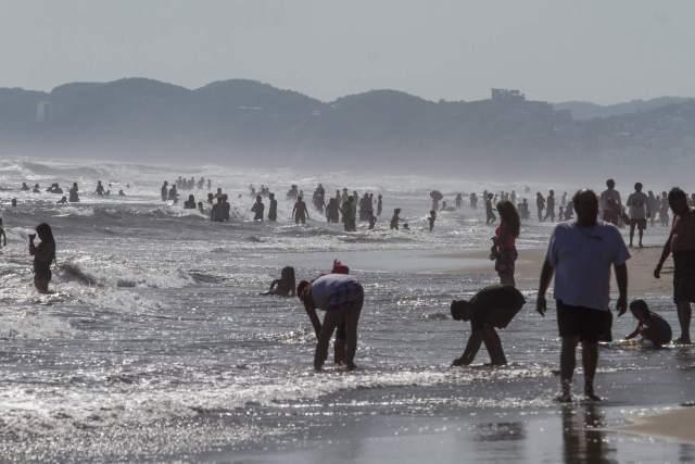turistas-en-acapulco