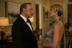 Nepotismo na ficção. Frank e Claire Underwood, personagens da série House of Cards, onde marido e esposa partilham o poder dentro da família.