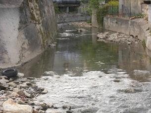 rio_tinto_poluido