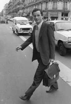 Francois_ Hollande_26_mai_1981_place_de_la_Bourse_Paris_copyright_Michel_Clement_AFP