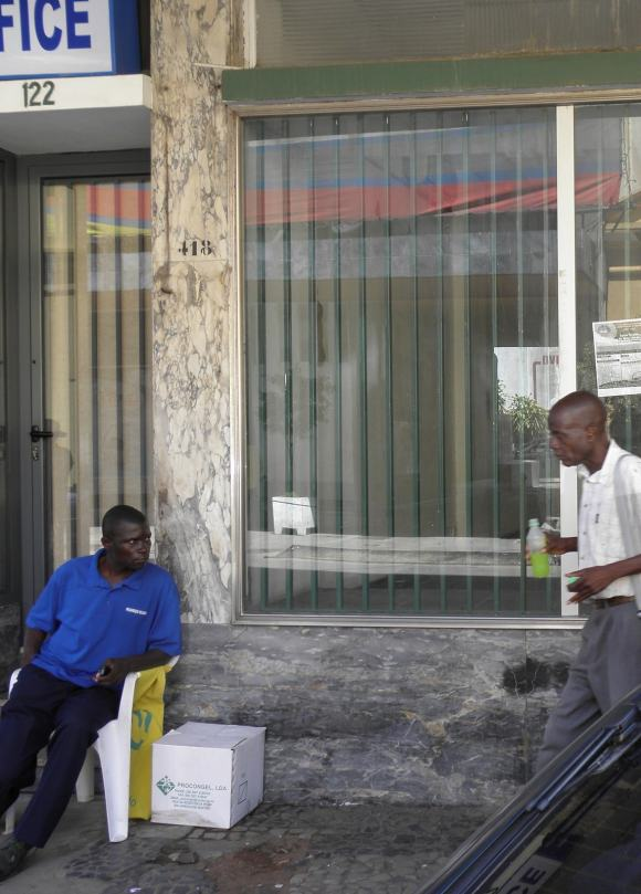 Guarda em Maputo
