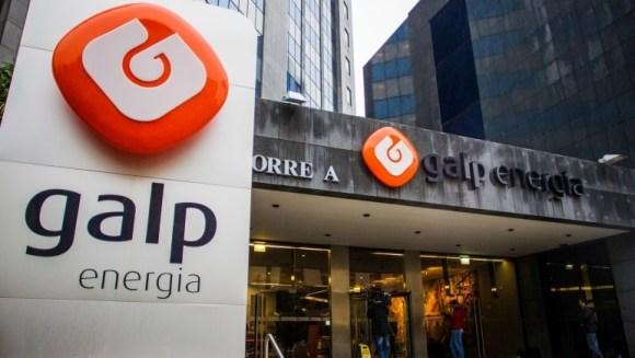 Lisboa, 19/11/2014 - Esta tarde a Autoridade Tributária realizou buscas nas instalações da Galp, nas Laranjeiras em Lisboa. (Filipe Amorim / Global Imagens)