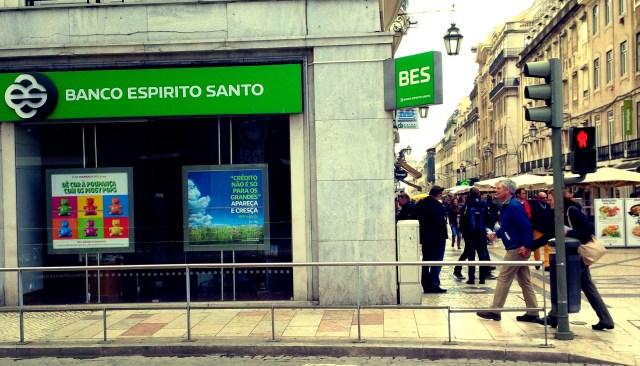 Balcão do Banco Espírito Santo na Rua Augusta, Lisboa (2014).